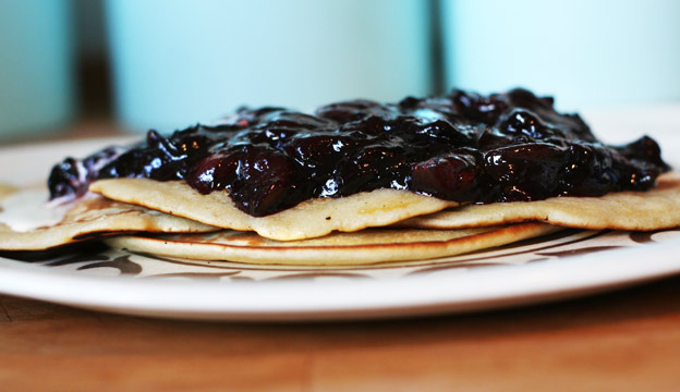 Summer fruits pancakese